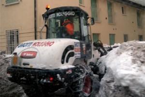 Neve, mezzi spazzaneve